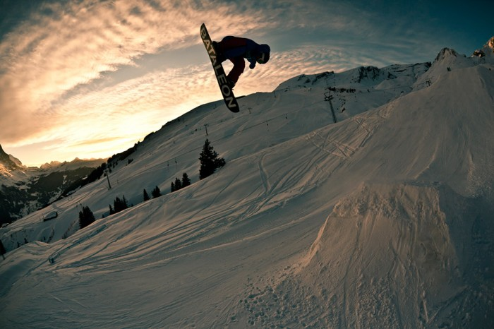 Snowboard-Photo-Andreas-Arn-Grindelwald-by-Silvano-Zeiter