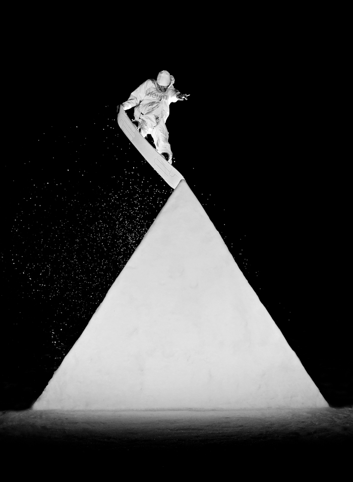 Snowboard-Photo-Mike-Knobel-Triangle-by-Howzee