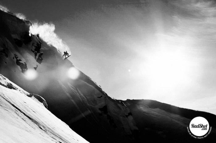 Snowboard-Photo-Victor-DeLeRue-Cliff-by-Matt-Georges