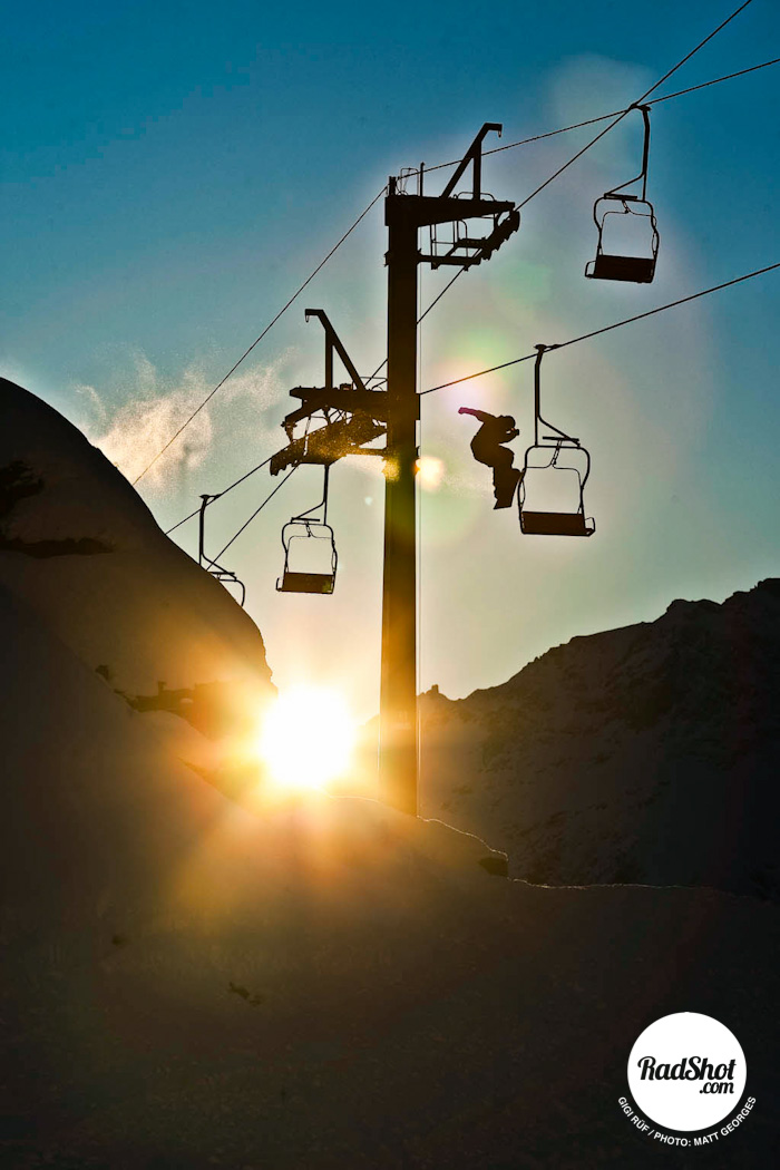 Snowboard-Photo-Gigi-Rüf-Chairlift-Bonk-Cervinia-by-Matt-Georges