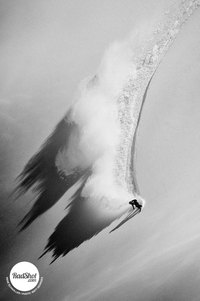 Snowboard-Photo-Rene-Schnoller-Powder-Turn-by-Matt-Georges