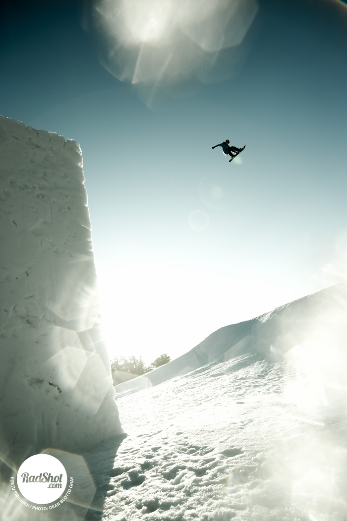 Snowboard-Photo-Peetu-Piiroinen-Heavenly-Tahoe-Jump-by-Blotto