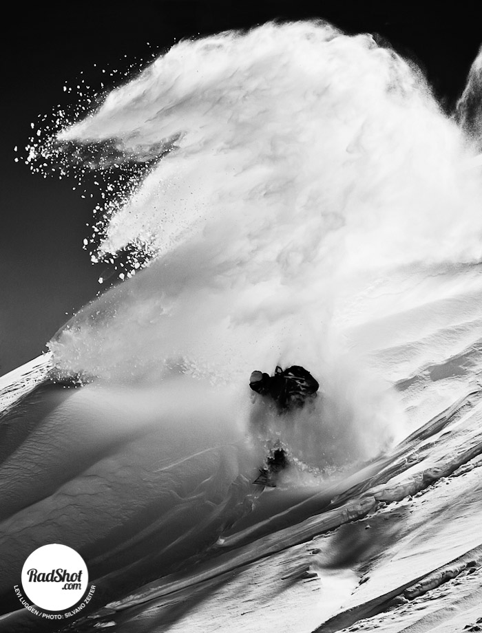 Snowboard-Photo-Levi-Luggen-Powder-Lauchernalp-by-Silvano-Zeiter