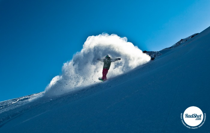 Snowboard-Photo-Benoit-Thomas-Javid-Powder-Spray-Montafon-Austria-by-Vanessa-Andrieux